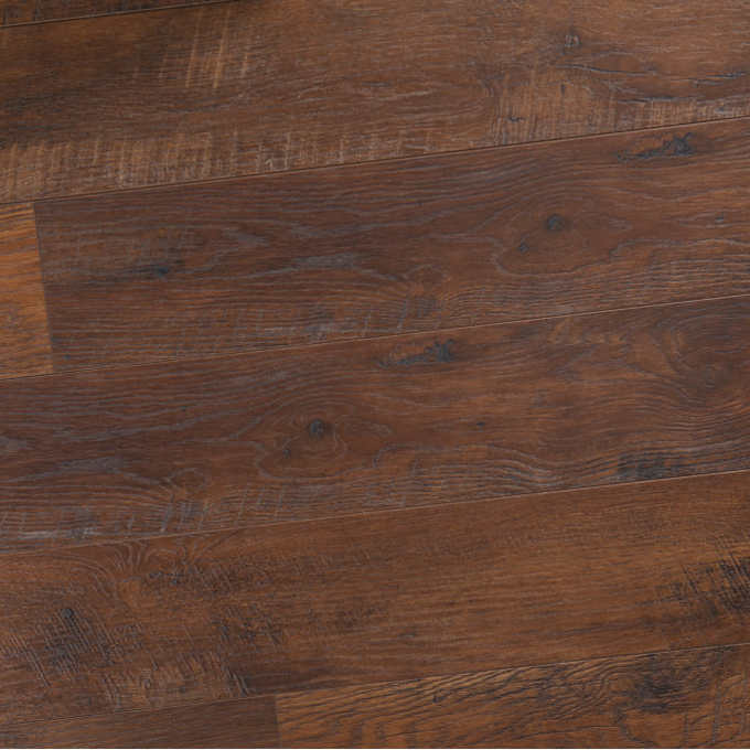 Mohawk Home Rustic Spiced Oak 10mm Thick Laminate Flooring With Splashdefense Technology 2mm Pad Attached In 2020 Mohawk Home Laminate Flooring Flooring