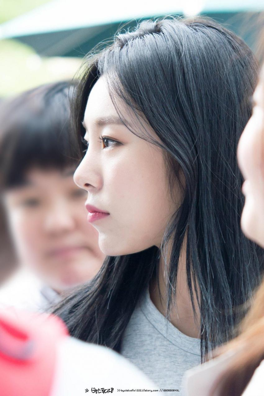 21 K Pop Idol Girls With Gorgeous Side Profiles Kpopmap Wheein Mamamoo Mamamoo Side Profile