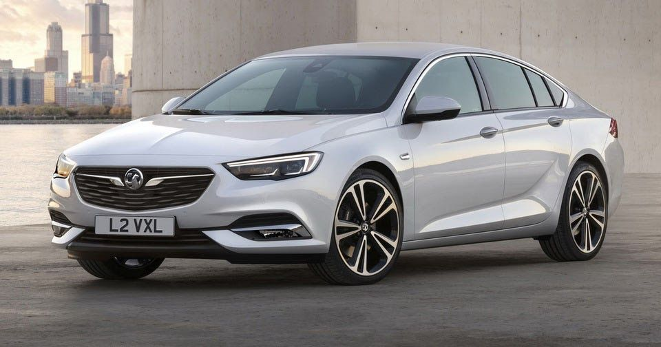 Gm Unveils 2017 Opel Insignia Grand Sport Previews 2018 Buick Regal Holden Commodore With Images Vauxhall Insignia Opel Vauxhall