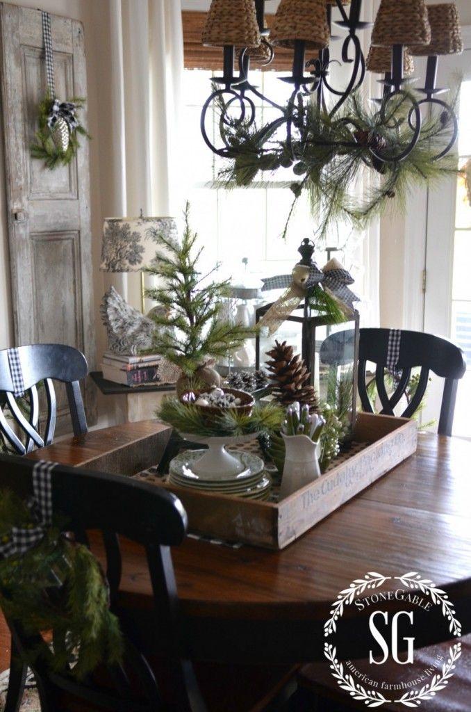 Farmhouse Christmas Vignette | Winterdeko, Weihnachten und ...