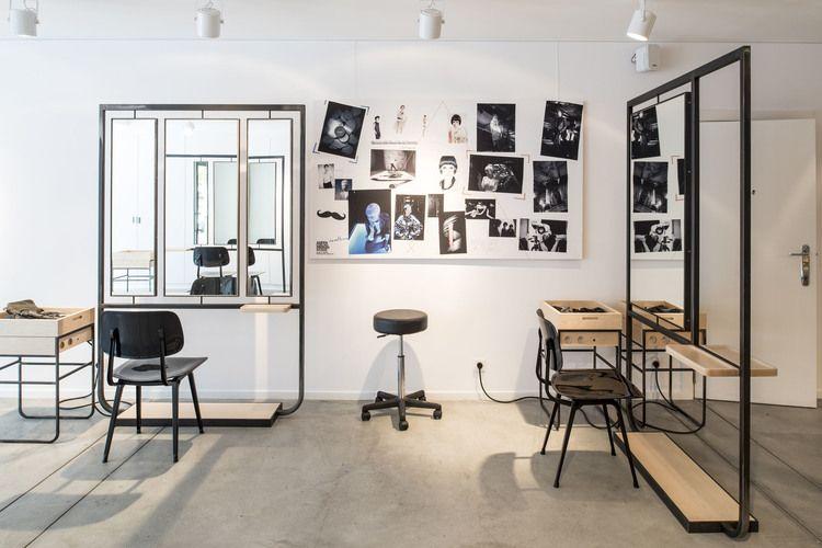 Epingle Par Joyce Chen Sur Modshair Amenagement Salon Decoration Salon Salon De Coiffure