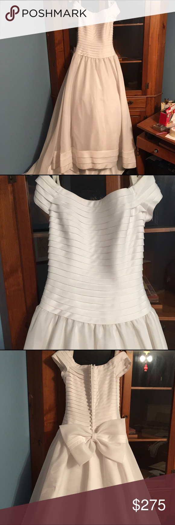 Beautiful wedding dress ! Oleg Cassini ! Beautiful size 14 Oleg Cassini wedding gown !!!! It is in great condition! There are a few, minor marks but that can easily be taken out at the cleaners. There is a very small hole in the tool that can also be fixed by the cleaners :) Oleg Cassini Dresses Wedding