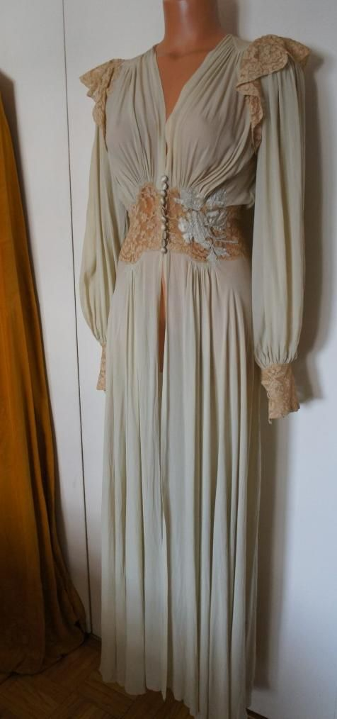 1930\'s silk & lace dressing gown. From mir.a / Ebay | Vintage ...