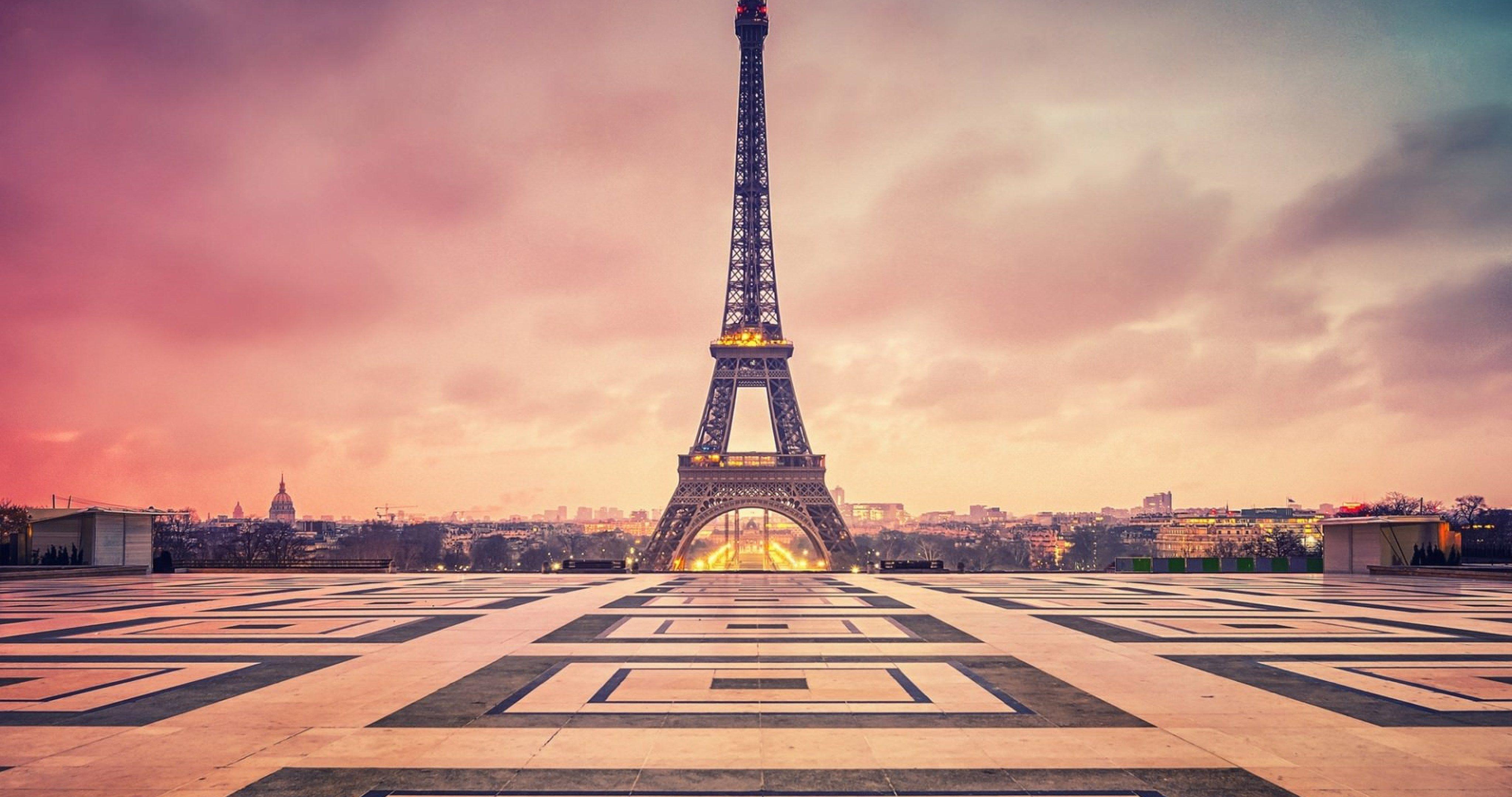 Paris Eiffel Tower Twilight Clouds 4k Ultra Hd Wallpaper Tour Eiffel Paris Wallpaper Paris
