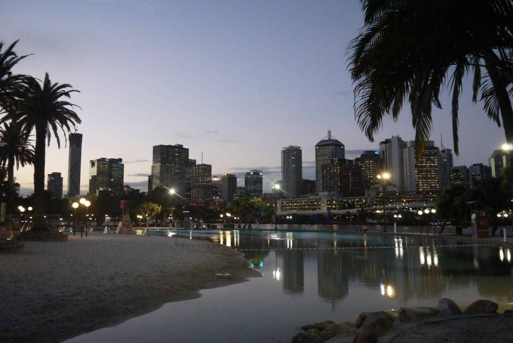 Brisbane Skyline www.parkmyvan.com.au #ParkMyVan #Australia #Travel #RoadTrip #Backpacking #VanHire #CaravanHire