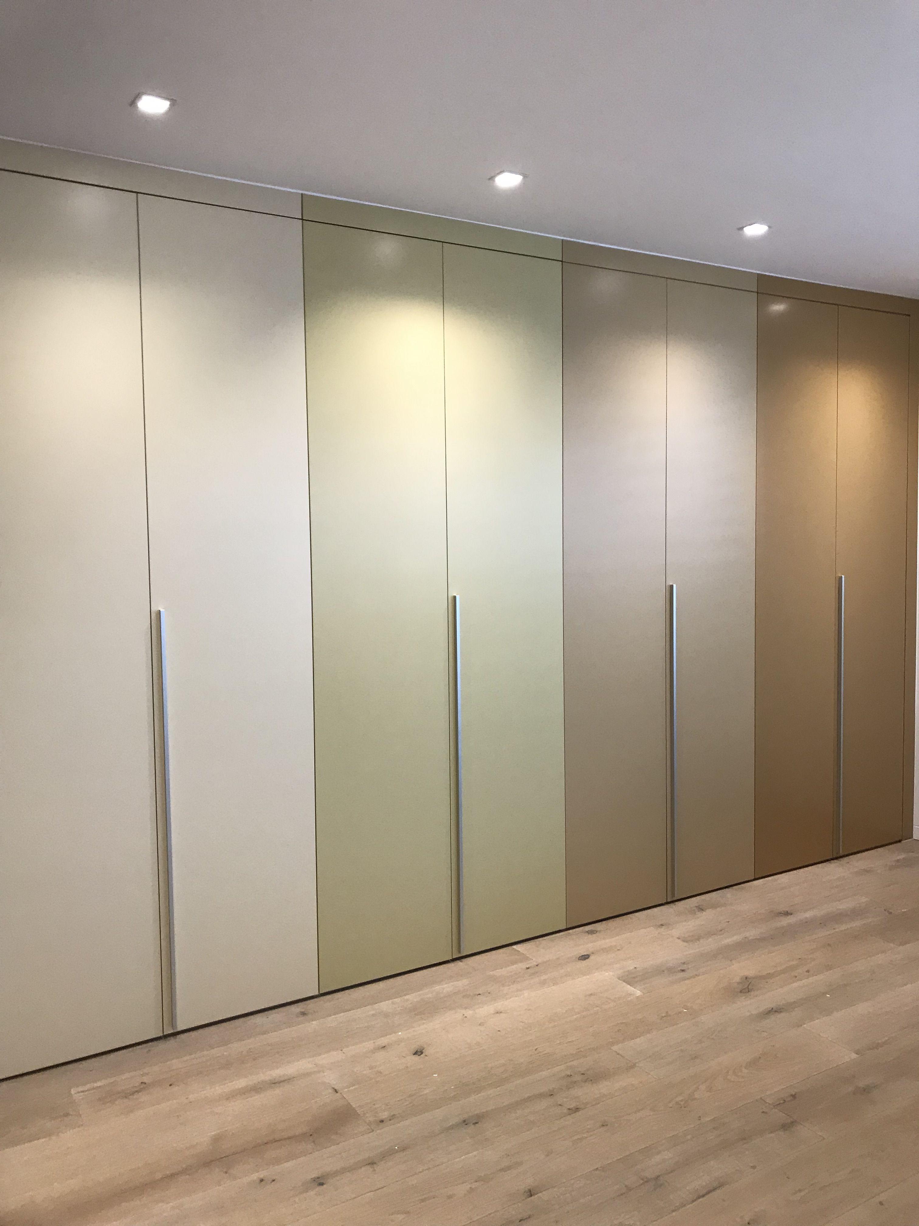 Idaw Schrank Nach Mass Einbauschranke Und Design Kommoden Einbauschrank Weiss Einbauschrank Garderoben Eingangsbereich