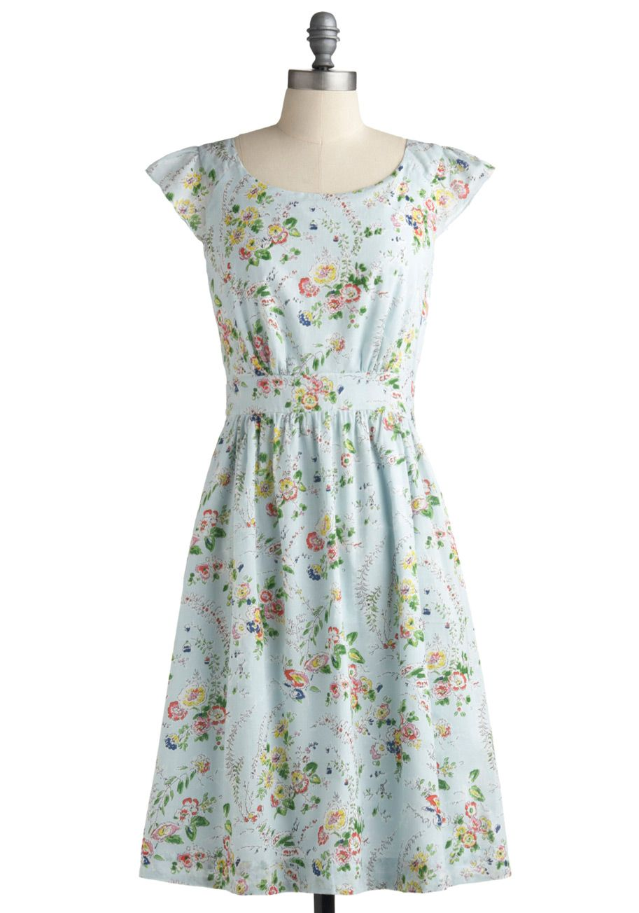Ah, so classic vintage! I could live my life in fun dresses!