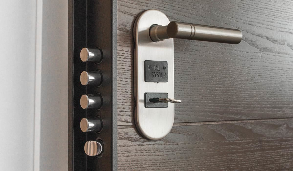 These Are The 3 Best Selling Door Locks From The Home Depot Best Home Security System Best Home Security Home Security