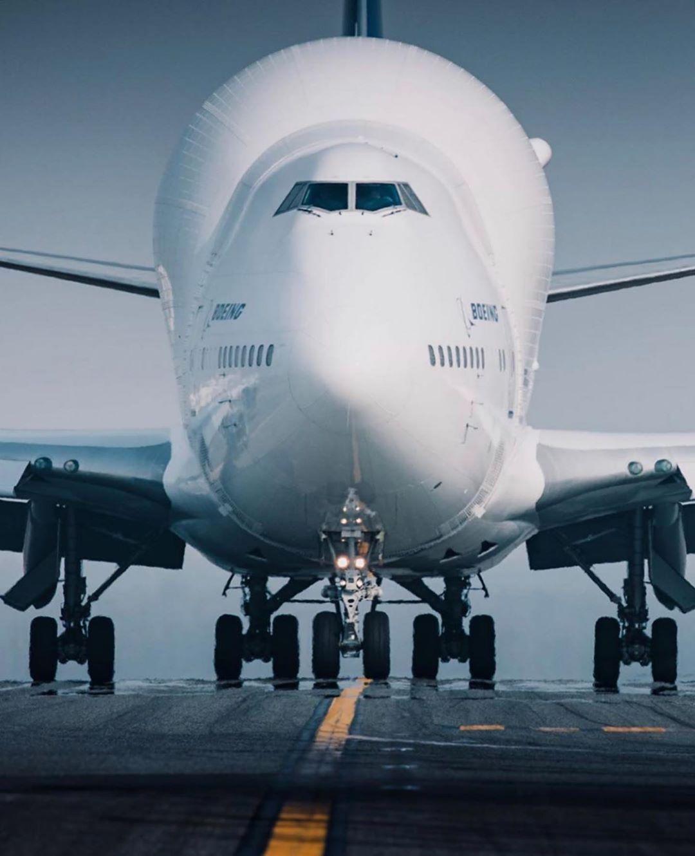 dreamlifter megaplane aircraft boeing aviation