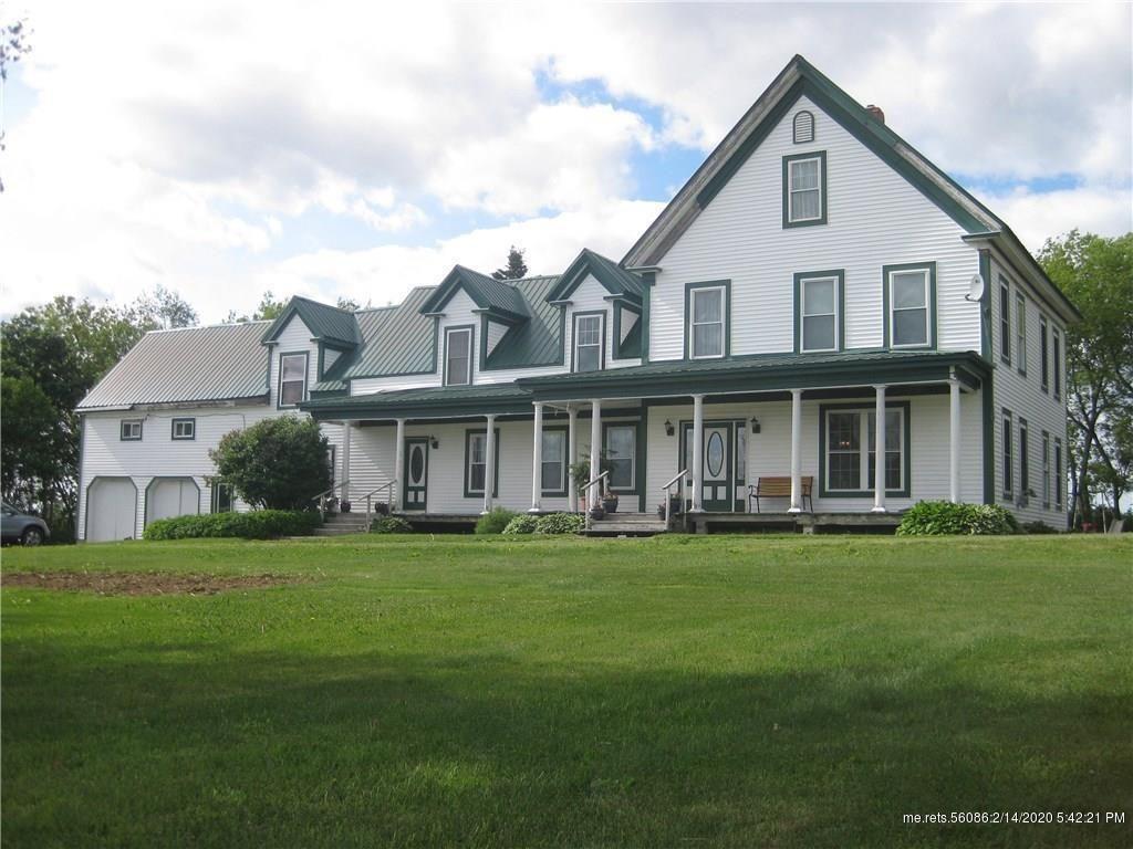 Under 100K Sunday c.1885 Maine Farmhouse For Sale on 1
