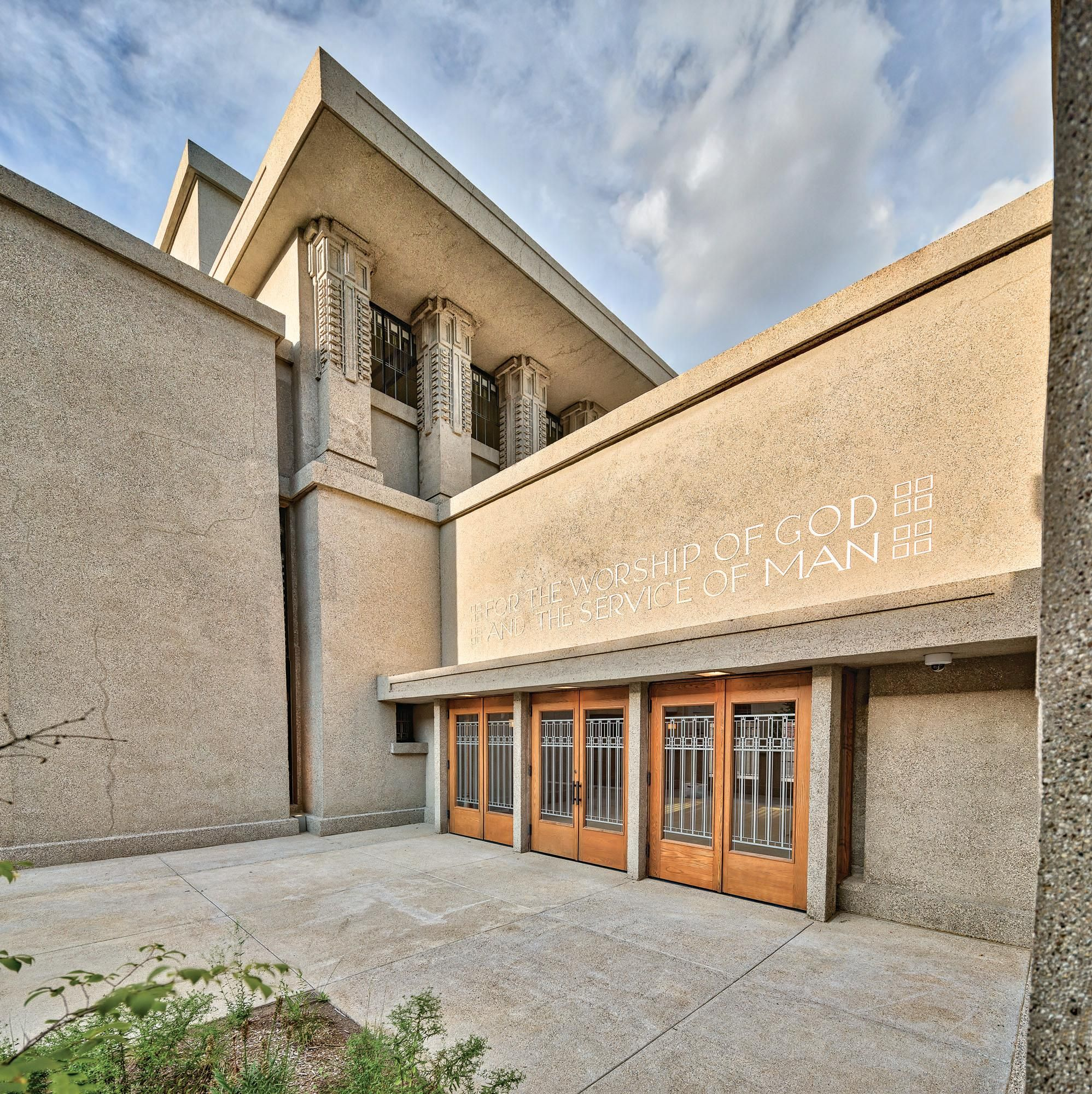 Temple Texas Traditional Home: Restoring Frank Lloyd Wright's Unity Temple