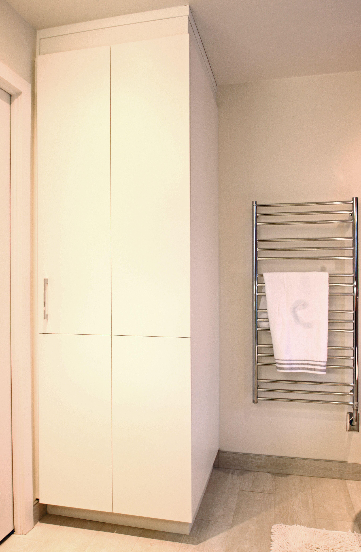 Petite Salle De Bain Avec Laveuse Secheuse ~ grand rangement salle de bain laveuse et s cheuse buanderie