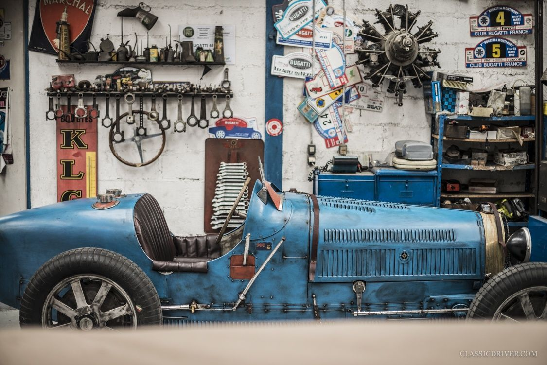 At garage novo in france ettore bugatti 39 s dream lives on for Garage auto france
