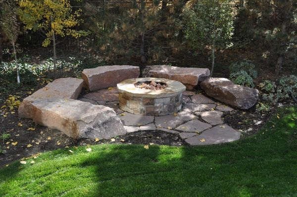 Photo of Awesome idea for a firepit…
