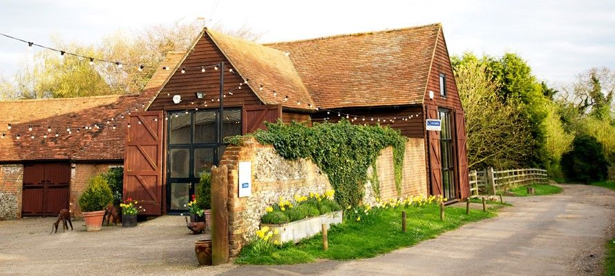 Hold Your Wedding Reception At Our Stunning Country Barn Venue For London Bucks Berks And Oxon