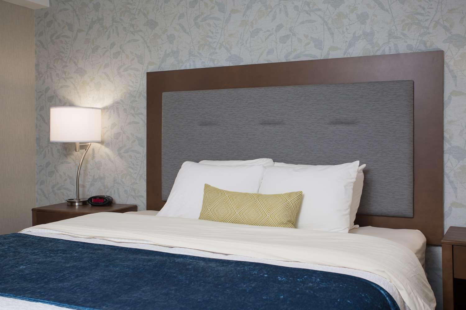 Best Western Plus Portsmouth Hotel And Suites Nh Hotels Nh