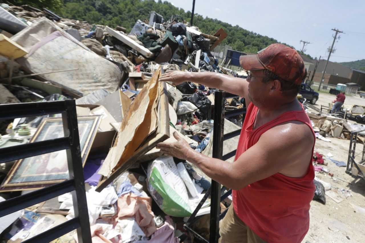 Flooding devastates parts of west virginia with images