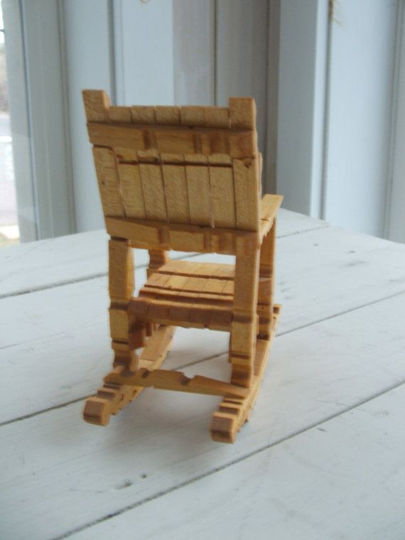 Vintage wooden clothespin doll rocking chair tramp folk for Sedia a dondolo vintage