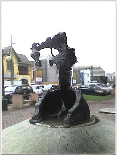Cristina Gálvez. Lima, Perú. http://blogs.peru21.pe/muevete/2009/04/cristina-el-ultimo-ultraje-al.html