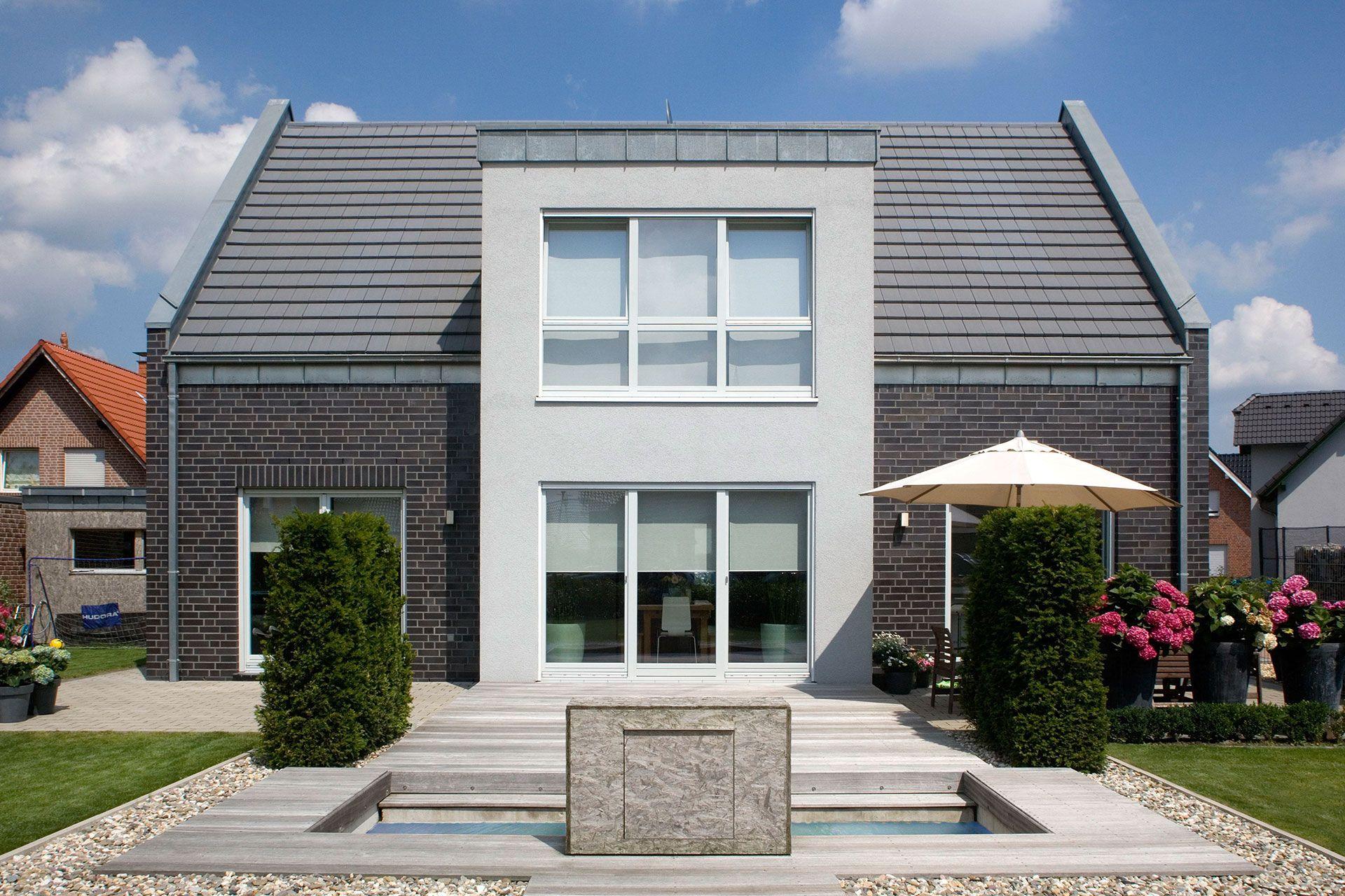 Moderne H\u00e4user Satteldach \u2013 Modernes Haus Sweet House, House  Exteriors, House