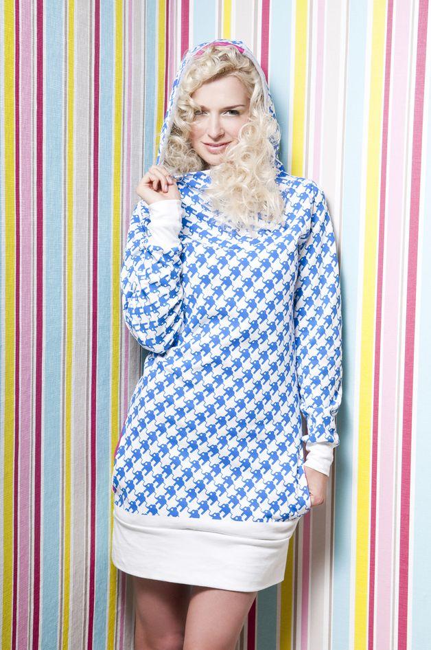 Short Dresses – White hoody dress with blue elephant print – a unique product by kenpanda on DaWanda
