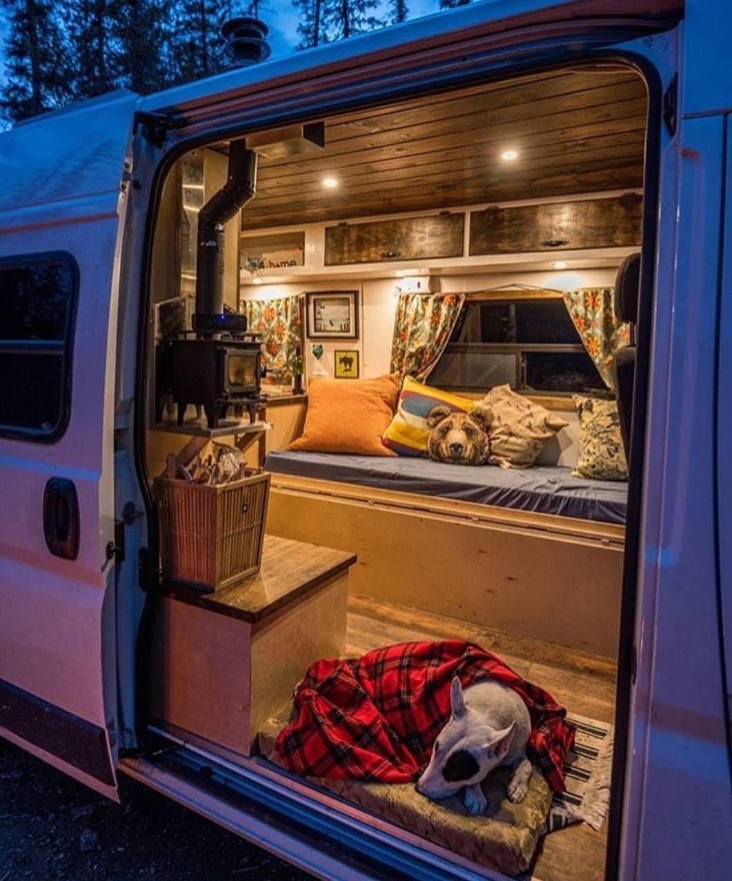"Project Van Life 🚐 på Instagram ""Amazing interior! 🚐😍 Via"