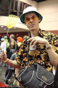 DIY Fear and Loathing Hunter S. Thompson Halloween Costume Idea 2  sc 1 st  Pinterest & DIY Fear and Loathing Hunter S. Thompson Costume | DIY Halloween ...