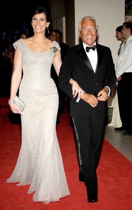 Julia Roberts with Giorgio Armani wearing Armani Prive 2008