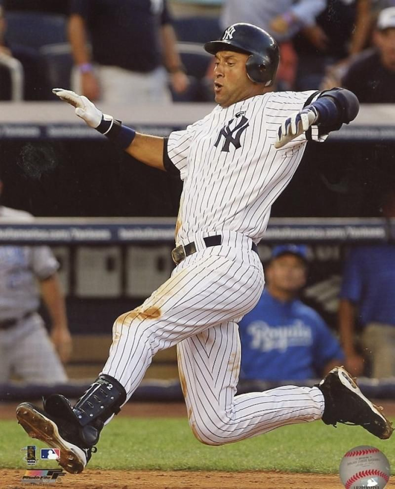 Derek Jeter New York Yankees Sliding Unsigned 8x10 Photo Ebay New York Yankees Derek Jeter Ny Yankees
