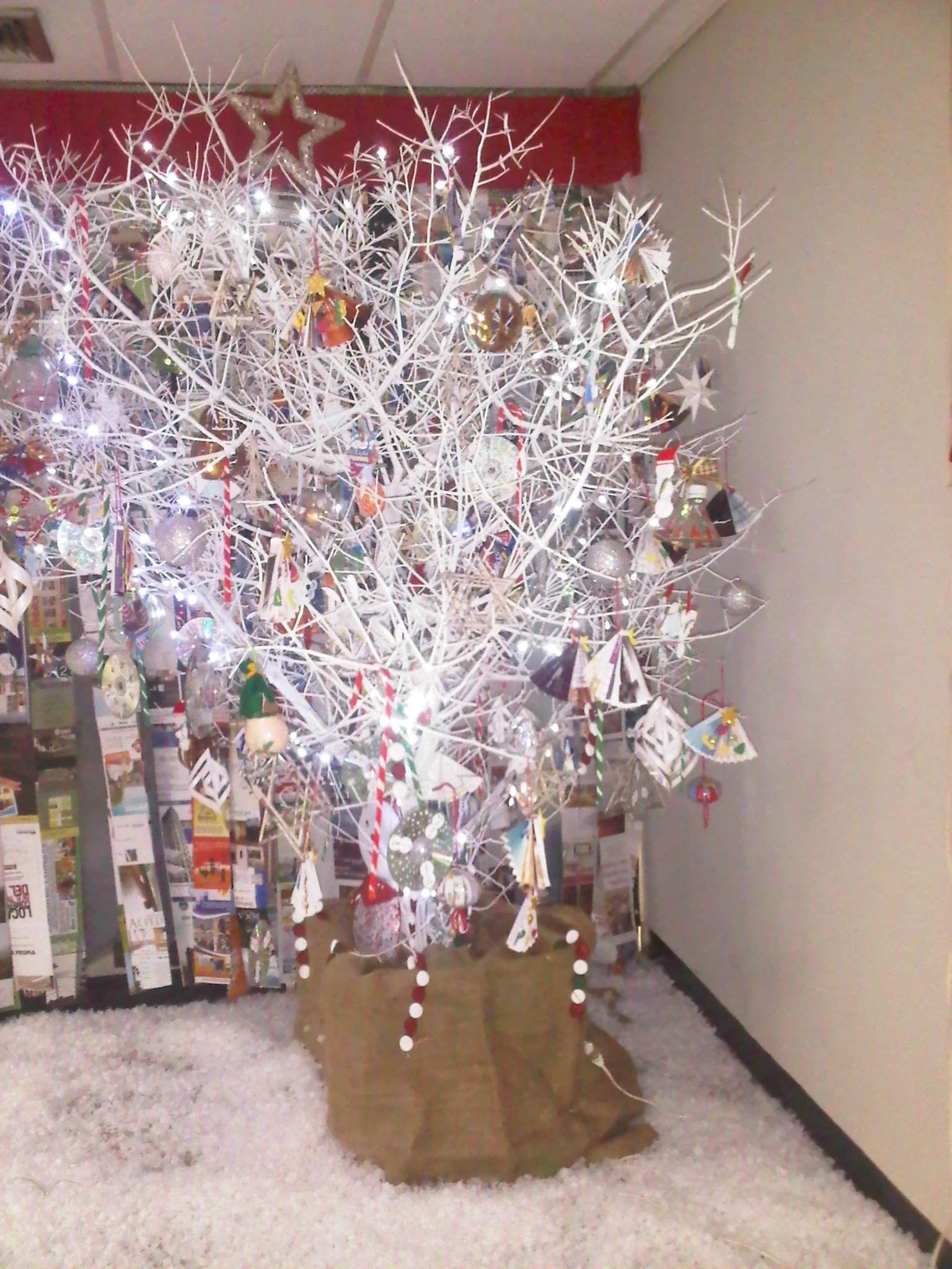 Arbol navideño de ramas secas   Christmas   Pinterest   Rama seca ...