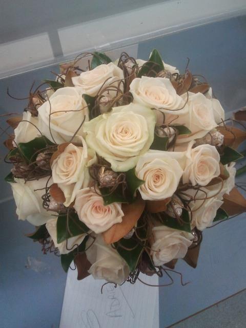Laylah Johnson Park Ave Florist Coffs Harbour Wedding Flower Pictures Flower Bouquet Wedding Wholesale Flowers Wedding