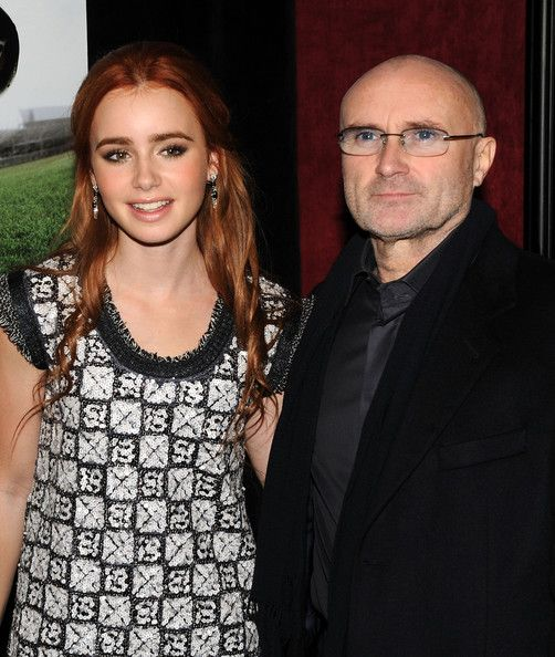 "Lily Collins Photos Photos: Premiere Of ""The Blind Side ..."