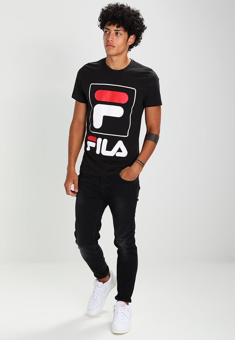 Consigue este tipo de camiseta estampada de Fila ahora! Haz