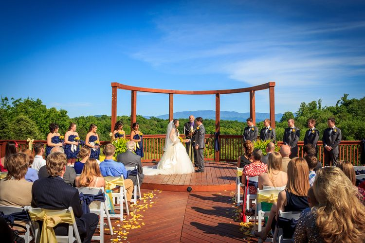 Imagine Your Wedding With Smoky Mountain Views Surrounded By 25