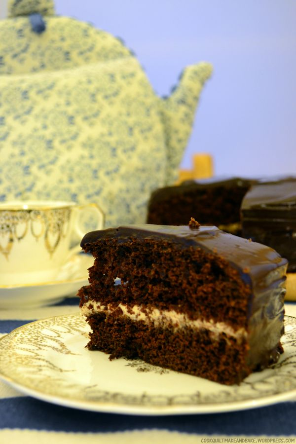 Dark and delicious Chocolate Cake with an unbelievably good Earl Grey cream filling