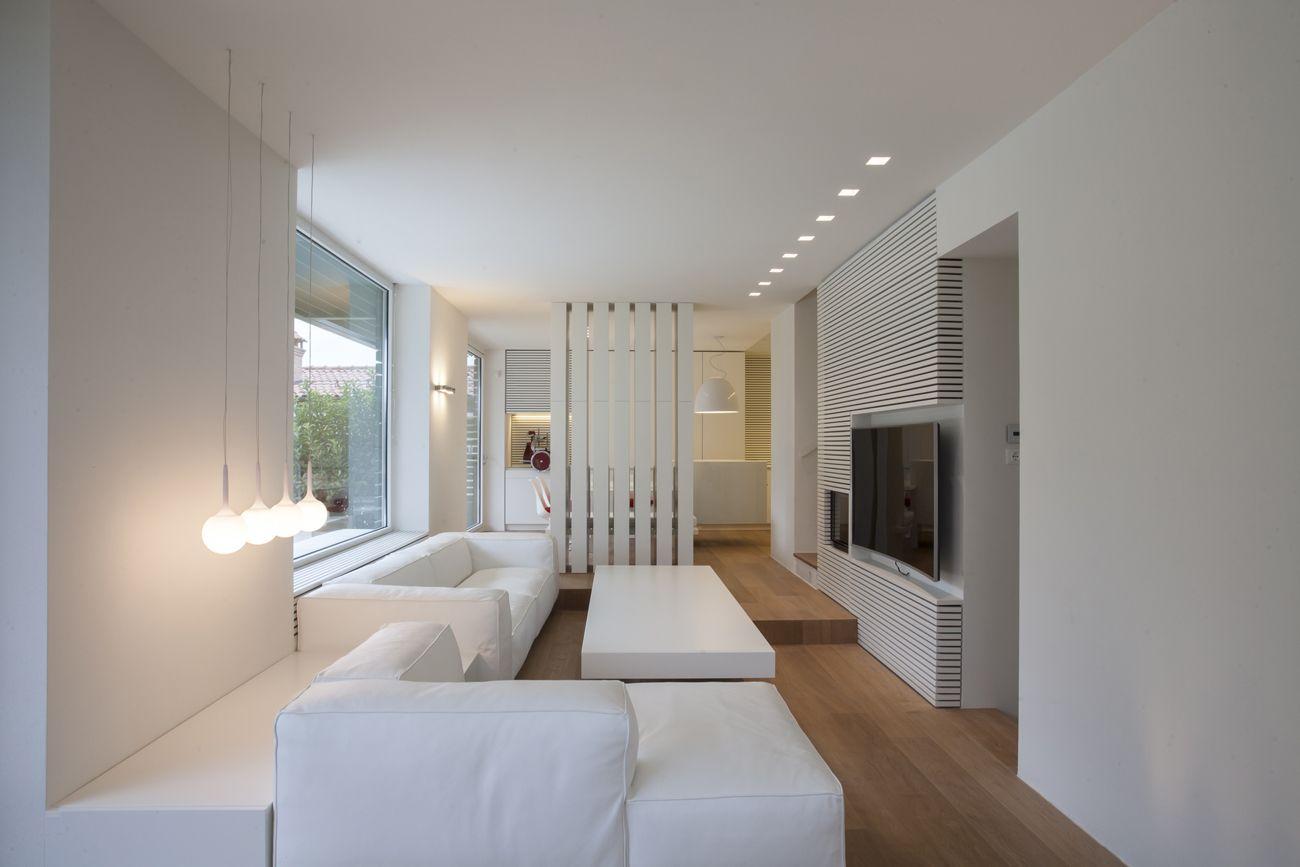 idea per illuminazione soggiorno/cucina (vedi faretti laterali che ...