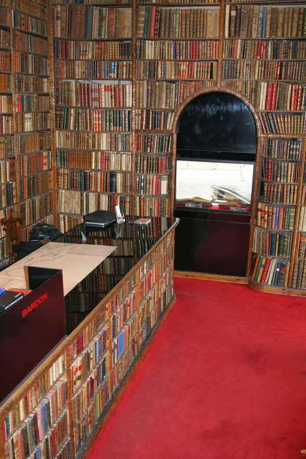 10 sitios poco conocidos de madrid - Libreria bardon madrid ...