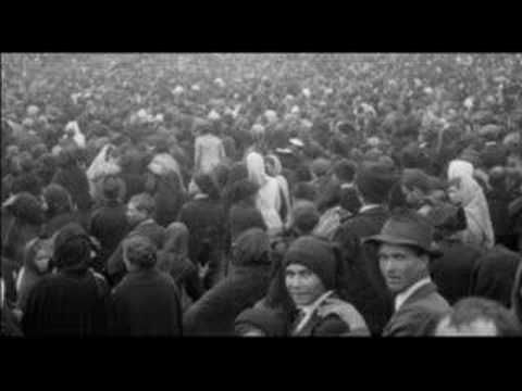The Miracle Of The Sun In Fatima October 13 1917 Was Witnessed By