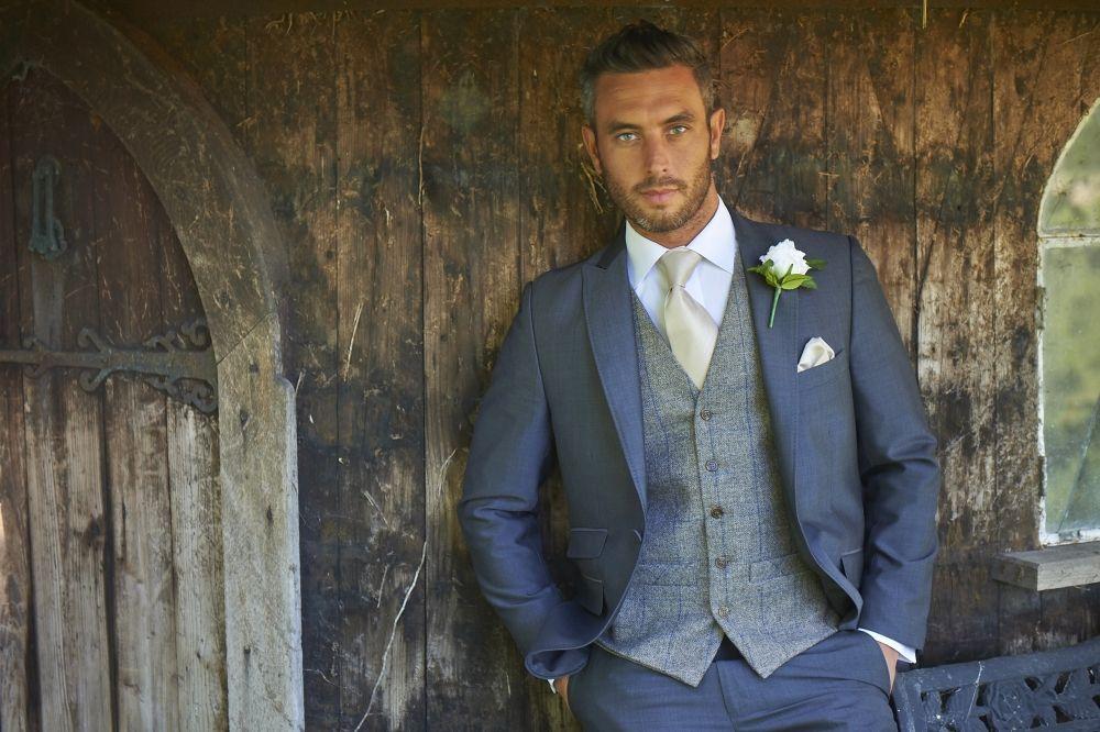 Stretton Lounge Suits Wedding
