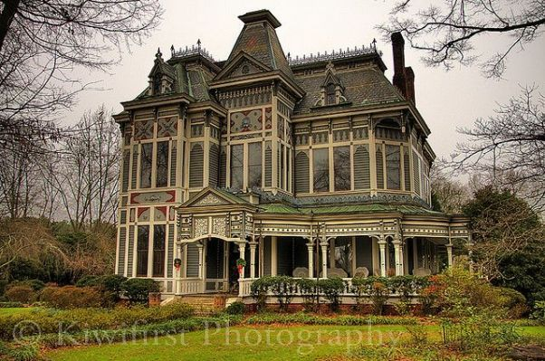 Old Mansions For Sale Cheap Old Dream House Pinterest