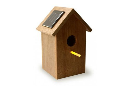 Solar Power Hour 15 Goods Gadgets Powered By Sunshine Bird Houses Small Solar Panels Bird House