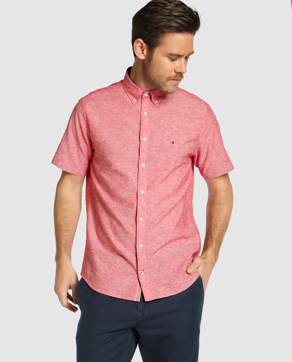 e879e4428e2c4 Camisa de hombre Tommy Hilfiger regular lisa roja · Tommy Hilfiger · Moda ·  El Corte