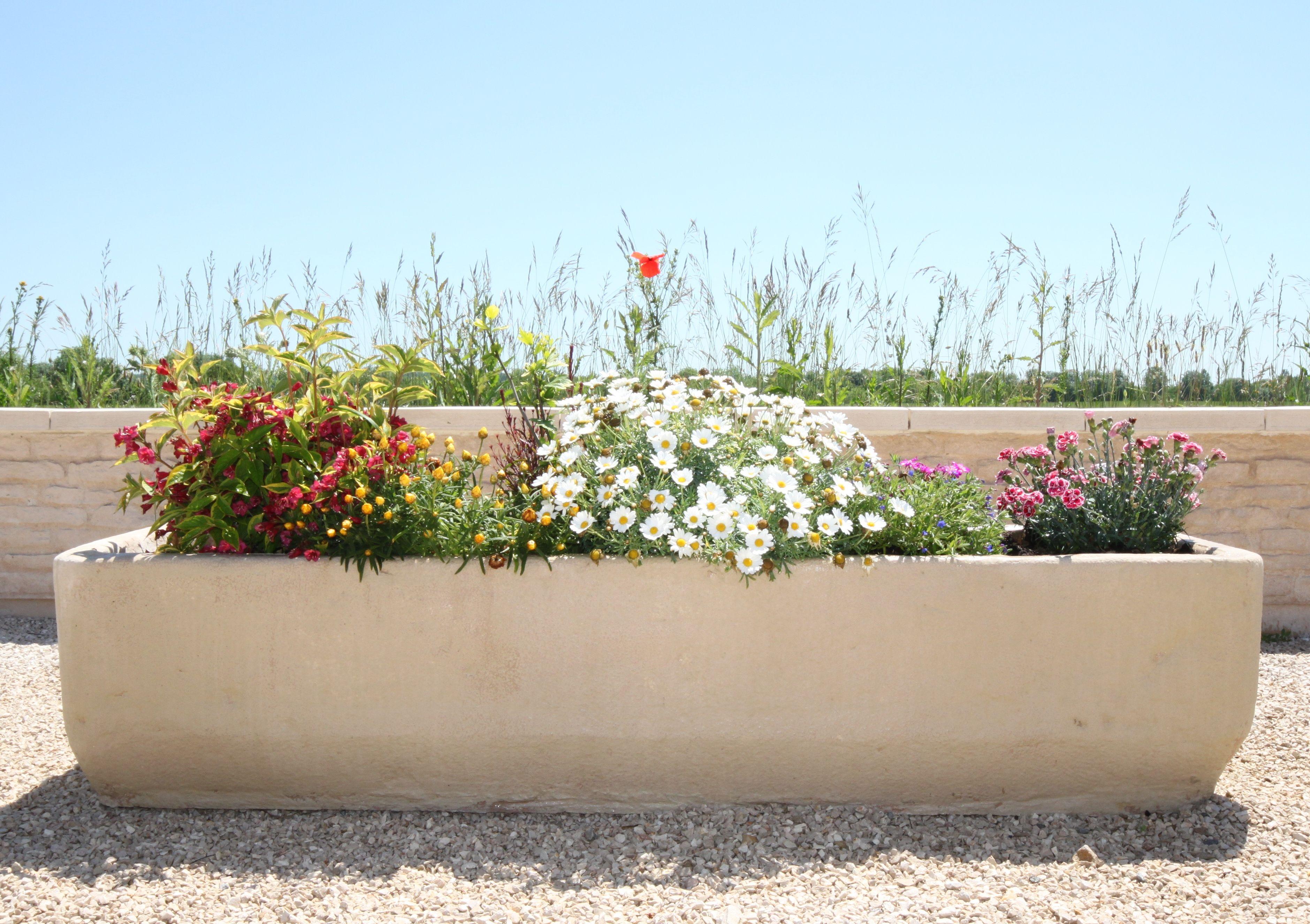 Bac A Fleur Grande Taille auge, bac à fleurs, bac à jardin, jardinière en pierre