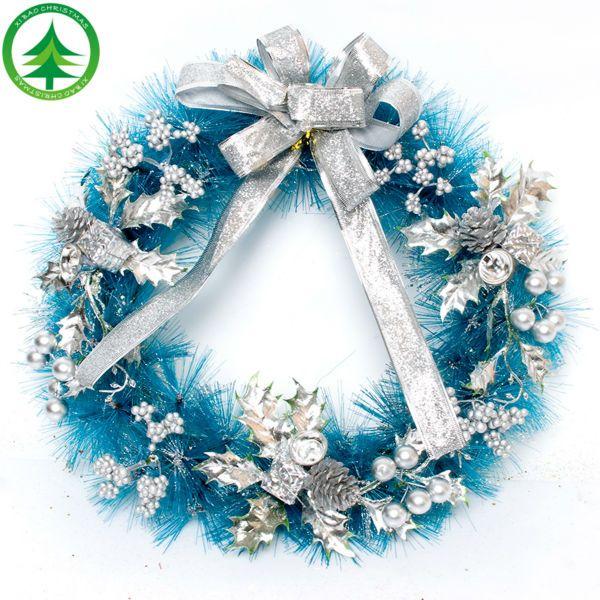 coronas navideñas con colgantes - Buscar con Google | Navidad ...