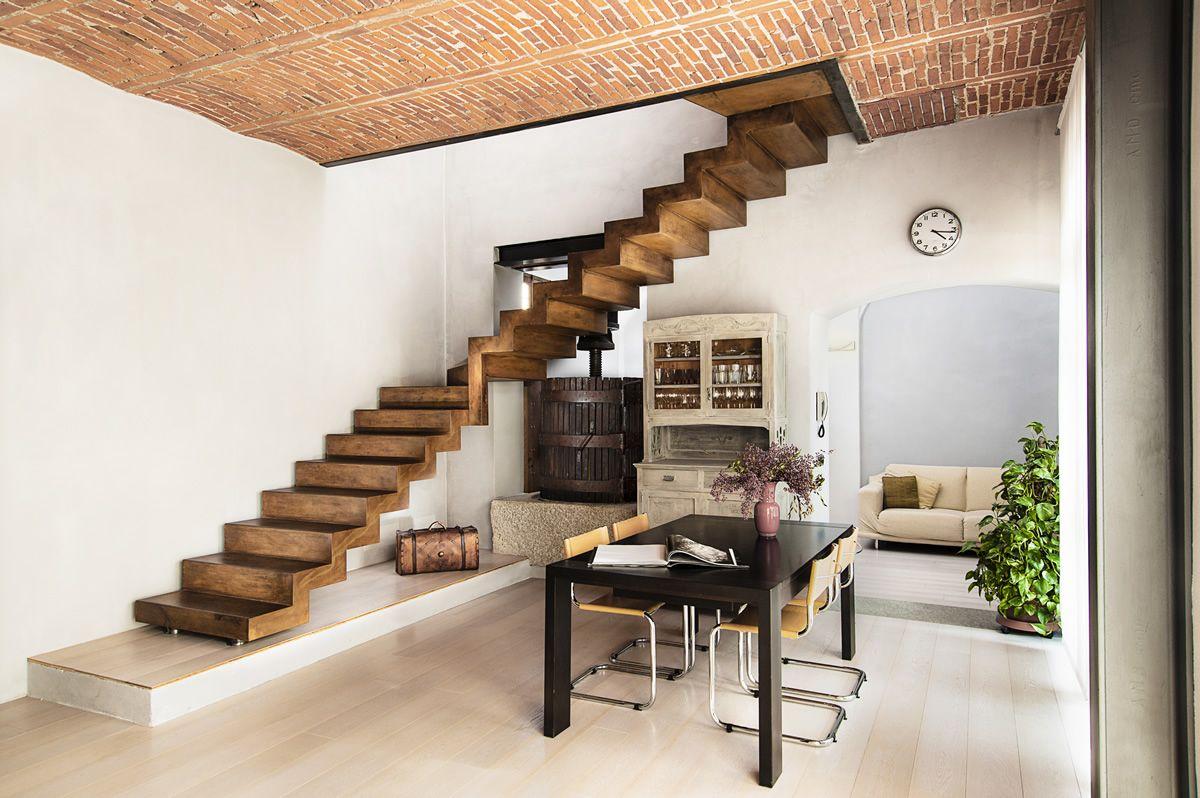 Realizzazioni su misura scirocco scala in lamiera di for Appartamenti di design