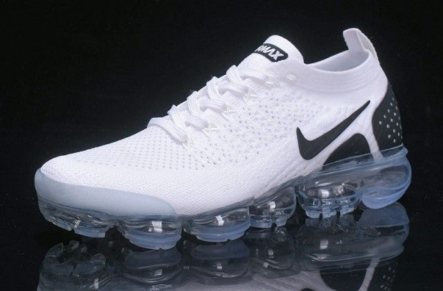 High Quality Nike Vapormax Flyknit 2 0 Reverse Orca White Black 942842 103 Sneakers Women S In 2020 Nike Vapormax Flyknit Nike Air Vapormax Running Shoes For Men