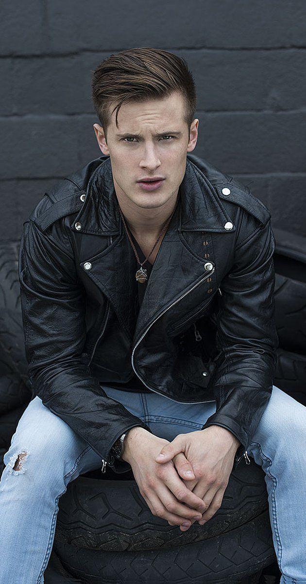 Aren Buchholz, actor