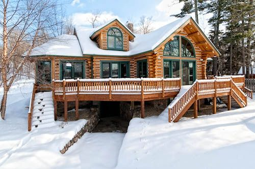Full log executive home bay lake lakes alaska and cabin for Alaska log home builders