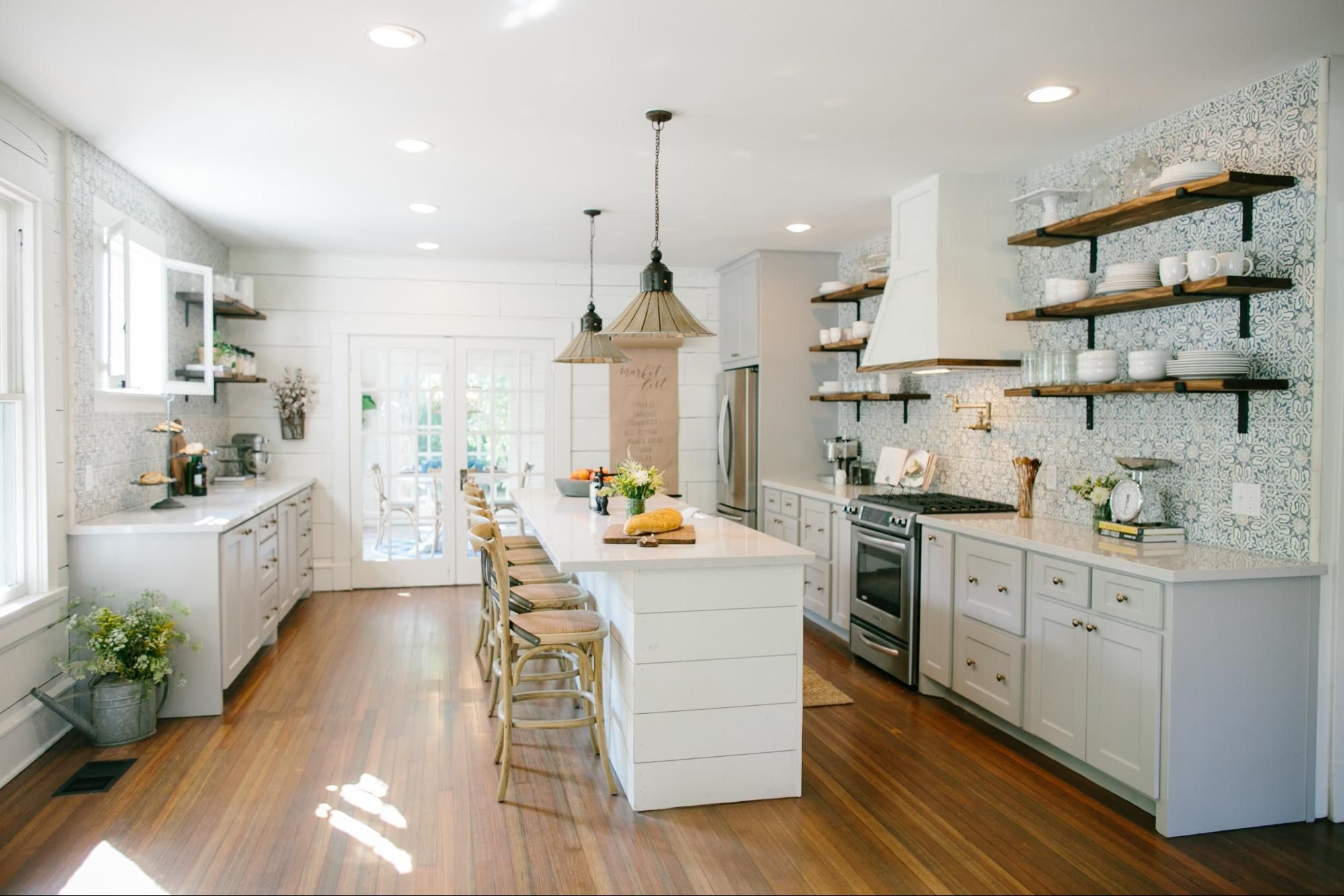 Fixer upper kitchen island pictures - 17 Best Images About Blue And White Gray Kitchens On Pinterest Cabinets Kitchen Wall Colors And Islands Kitchens On Fixer Upper