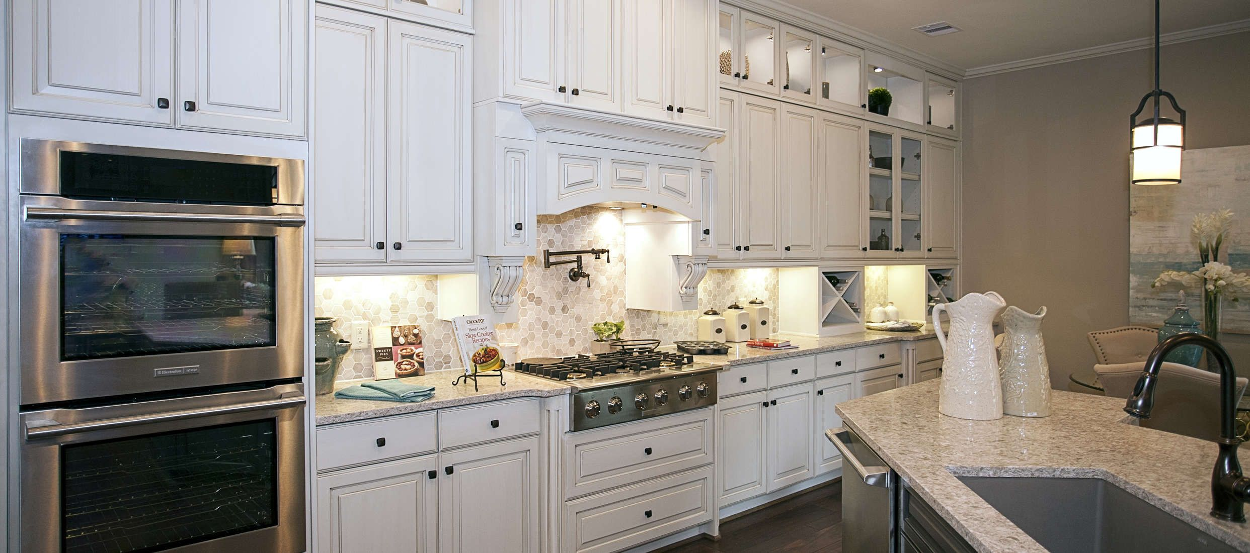 Best J Kraft Inc Custom Cabinets By Houston Cabinet Company 400 x 300